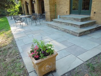 Full Color Patio & Steps with Colonial Stone Risers