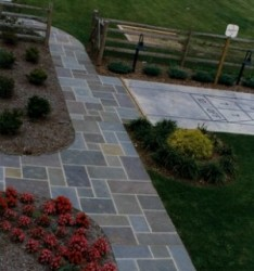 Diamond Cut Paving Pattern Walkway
