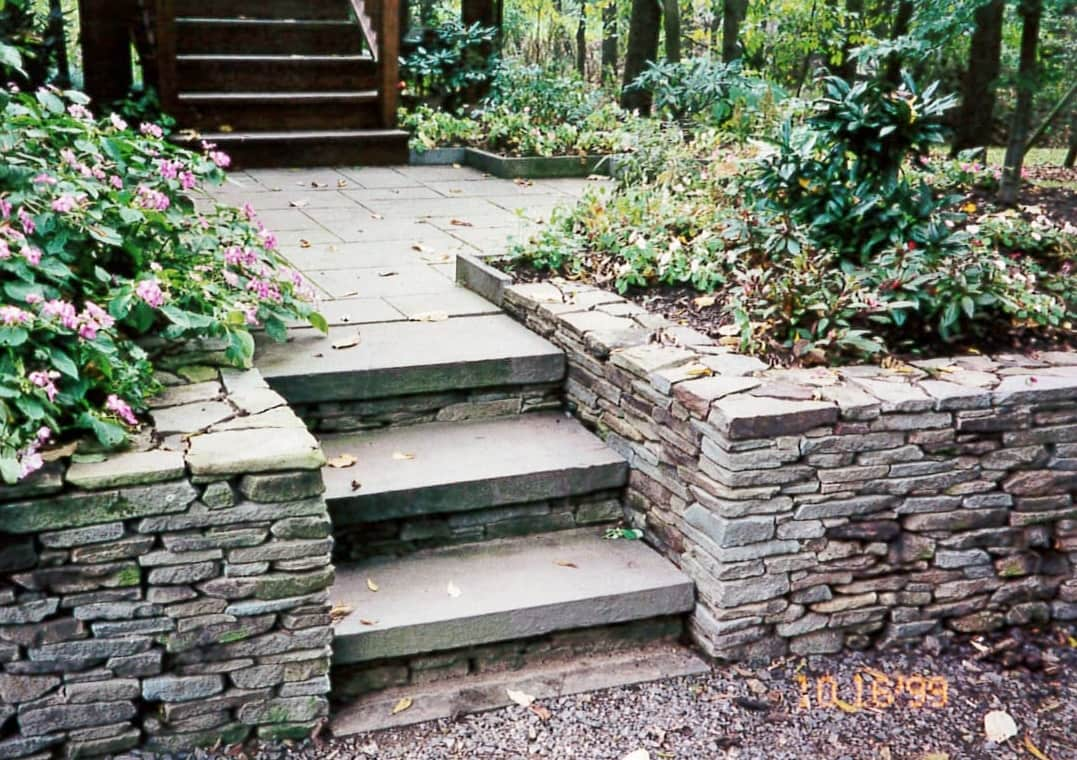 Itu0027s April And Our Customers Have Been Very Busy Buying And Building  Dry Stack Stone Walls For Their Home Garden Projects. Dry Stack Walls Are  An Easy And ...