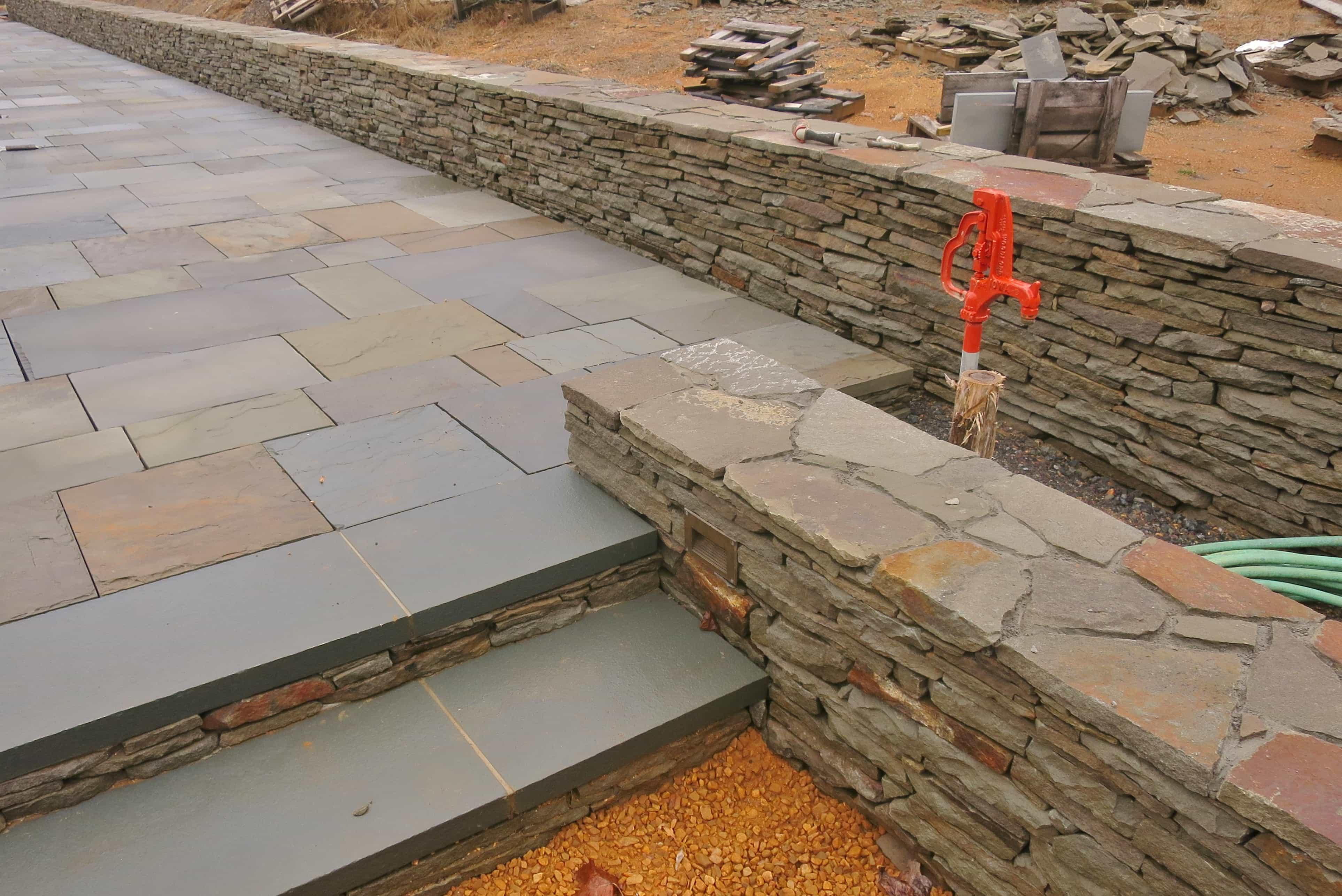 Cut Fieldstone Wall : Robinson flagstone dry stack wallstone
